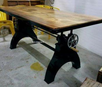 industrial-loft-crank-coffee-table-500x500